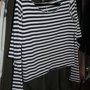 GUC Free People elbow cut out top sz M/L